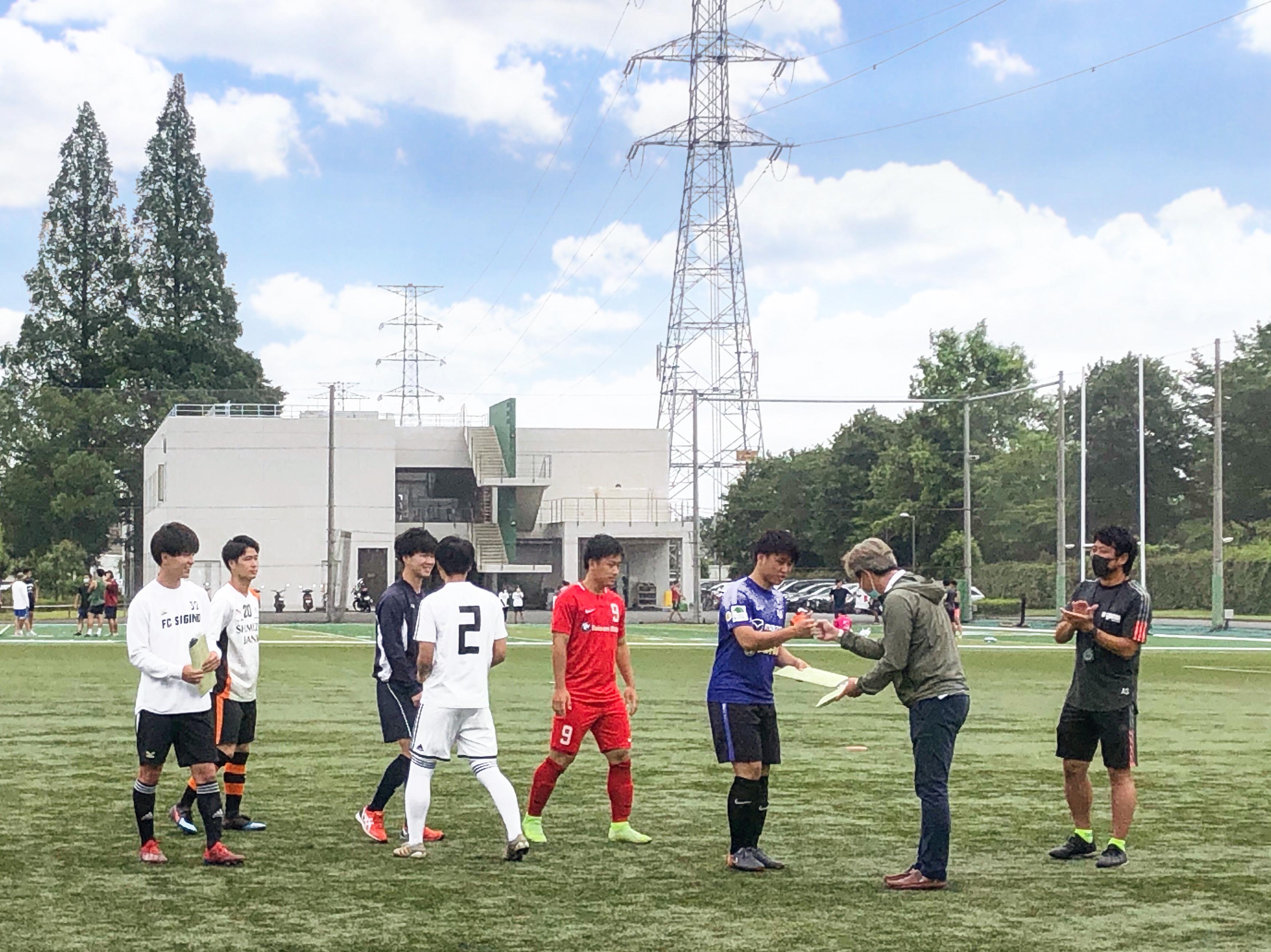 2020 新入 大学 サッカー 部員