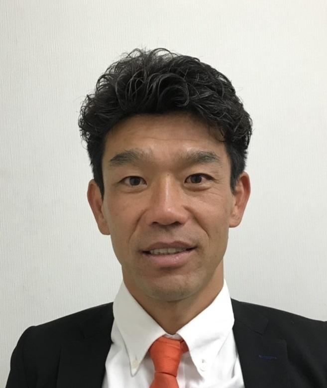 男子サッカー部コーチ 大薮智彦(おおやぶ ともひこ)